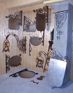 enseignes_ferronnerie_d& 2 670 × 3 411 pixels Wrought Iron Decor, Urban Setting, Iron Art, Street Furniture, Welding Projects, Shop Signs, Blacksmithing, Metal Art, Metal Working