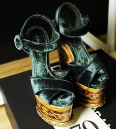 Dolce&Gabbana Осень/Зима 2014: обувь - Жизнь в стиле Dolce&Gabbana