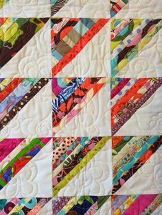 String pieced half square triangles - another great scrap qu.- String pieced half square triangles – another great scrap quilt! So simple yet cute and not too busy. Great use of scraps. Jellyroll Quilts, Scrappy Quilts, Easy Quilts, Mini Quilts, Patchwork Quilting, Crazy Quilting, Crazy Quilt Blocks, Quilting Tutorials, Quilting Projects