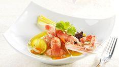 Découvrez notre recette de nage de langoustines parfumée à la citronnelle pour 4 personnes. Une recette de difficulté 1 sur 4 préparée en 10 min (cuisson : 8 min)