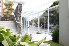 Condomínio Residencial Vila Mariana. Reforma da área externa. Retrofit da fachada. Paisagismo.