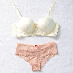Our hearts race for lace! #Aerie