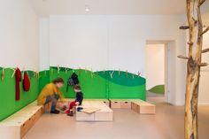 Kindergarten Einrichtung-Innenarchitektur Grüne Wand-Design Kleider Hacken