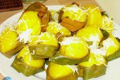 akorrthnort-jpg.379 548×368 pixels Cambodian Desserts, Cambodian Food, Vietnamese Recipes, Vietnamese Food, Asian Love, Asian Desserts, Delicious Desserts, Nom Nom, Deserts