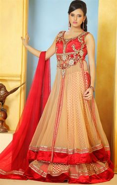 Picture of Lush Cream Color Wedding Lehenga Choli