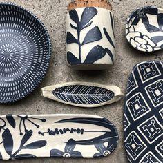 Glass Ceramic, Ceramic Clay, Ceramic Painting, Pottery Bowls, Ceramic Pottery, Pottery Art, Ceramic Techniques, Pottery Techniques, Pottery Painting Designs