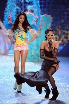 Rihanna cancels Victoria's Secret show performance