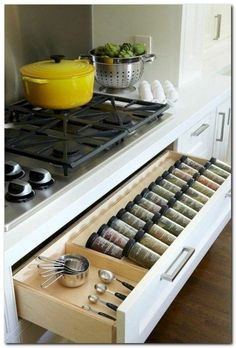53 Cheap Kitchen Organization Ideas On A Budget Kitchen cabinet doors can increase the attractiveness of your kitchen. Kitchen organization doesn't need to be hard. Well, you make exactly the same thing in your kitchen. The look of your ki… Cheap Kitchen Cabinets, Kitchen Cabinet Doors, Kitchen On A Budget, Diy Kitchen, Kitchen Decor, Kitchen Planning, Gray Cabinets, Kitchen Countertops, Cheap Kitchen Doors