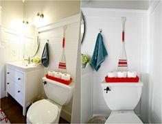 Cool neu gestrichenes Paddel als maritime Wanddeko im Bad