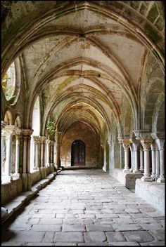 Fontfroide Abbey - Narbonne, France