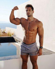 Poses, My Handsome Man, Hunks Men, Male Hunks, Hommes Sexy, Muscular Men, Attractive Men, Good Looking Men, Modern Man