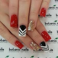 46 Best Sexy Red Nails Inspirational Design (acrylic Nails, Geometric Nails) - Page 6 of 46 - Diaror Diary French Tip Nail Designs, French Tip Nails, Nail Art Designs, Fancy Nails, Trendy Nails, Botanic Nails, Red Nail Art, Nagel Hacks, Geometric Nail
