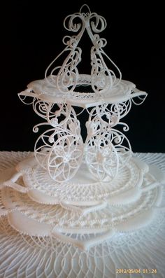 Lace and Filligree and flood work...simply amazing!