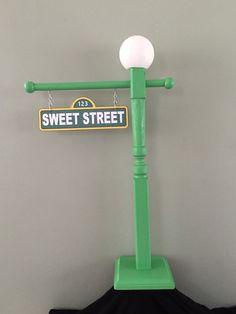 Sesame Street Lamp Post by BellissimaParty on Etsy