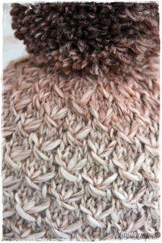 Lupaamani tupsupipon ohje tulee tässä! Harmaan pipon olen kutonut Vikingin Odinista. (18 s=10 cm) n:o 5,5 pyöröpuikoilla ... Knitted Hats, Crochet Hats, Diy And Crafts, Winter Hats, Knitting, Minecraft, Moon, Stars, Knit Hats