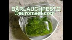 Bärlauchpesto - euromeal.com Pickles, Cucumber, Food, Meal, Eten, Meals, Pickle, Cauliflowers, Zucchini