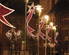 Christmas+Decorations+for+City+Poles | Dekra-Lite Commercial Christmas Lights and Displays lit with C7/C9 ...