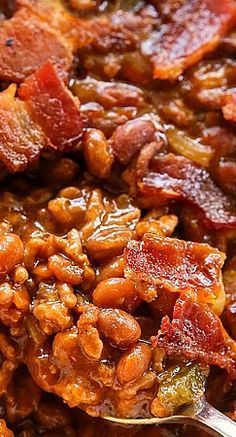 The Best Baked Beans 1 1/2 lb ground beef 1 small onion, finely chopped 1 red or green bell pepper, cored, seeded, and finely chopped 2 (16-oz) cans pork and beans 1/2 C barbecue sauce 1/2 C ketchup 2 Tbsp spicy brown mustard 2 Tbsp Worcestershire sauce 1 Tbsp soy sauce 4 Tbsp brown sugar 6 to 8 slices bacon, cut into pieces and cooked. 350 degree oven covered for 40 min. than another 10 min. uncovered. Best Baked Beans, Baked Bean Recipes, Beef Recipes, Cooking Recipes, Best Pork And Beans Recipe, Ground Beef Baked Beans, Crockpot Baked Beans, Baked Beans With Bacon, Snacks