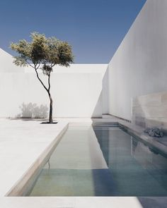 Simplicity at its finest. The Gaspar House in ​Cádiz​, Spain was designed by Alberto Campo Baeza Beautiful architecture and the elegance of minimal aesthetics is a huge inspiration for our own brand Jaimie Jacobs. Minimal Architecture, Interior Architecture, Beautiful Architecture, Home Design, Design Art, Minimal Home, Backyard, Patio, Pool Designs