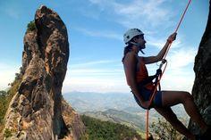Rapel na Pedra do Bauzinho em São Bento do Sapucaí. #rapel #mantiqueira #ecoturismo