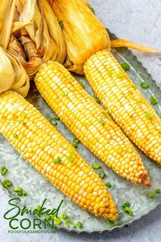 Buttery Smoked Corn on the Cob is easy to make, and smoking adds so much flavor it turns a simple side dish into something simply delectable. Grilled Fruit, Grilled Vegetables, Side Dishes Easy, Side Dish Recipes, Top Recipes, Sweets Recipes, Desserts, Smoked Corn On The Cob Recipe, Backyard Smokers