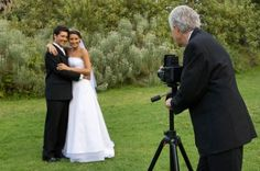 5 Reasons to Take Your Wedding Pictures Before the Ceremony—And 1 Great Reason to Wait 'Til After! Which Will You Do? - IM THINKING OF DOING THIS