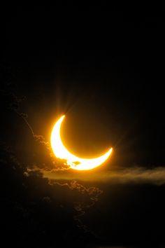 """gyclli: """"Eclipse solar por Tomas Johansson em 500px.com"""""""