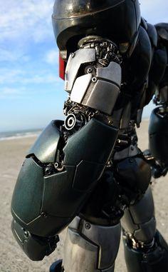 Arte Robot, Robot Art, Mr Roboto, Japanese Robot, Dance Music Videos, Super Robot, Robot Design, Arm Armor, Gundam Model