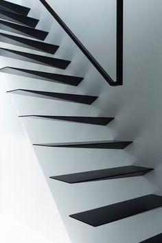 Wrap House by Apollo Architects & Associates, photo: Masao Nishikawa