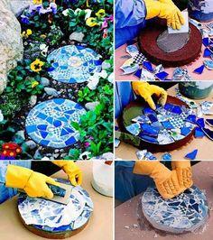 How to make diy mosaic garden stepping stones diy tag Mosaic Crafts, Mosaic Projects, Mosaic Art, Diy Projects, Stone Mosaic, Mosaics, Mosaic Ideas, Pebble Mosaic, Concrete Stepping Stones