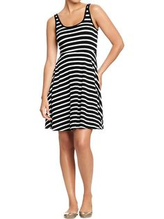 just got this dress and it is SO flattering!  makes your waist look tiny and the stripes are so cute.