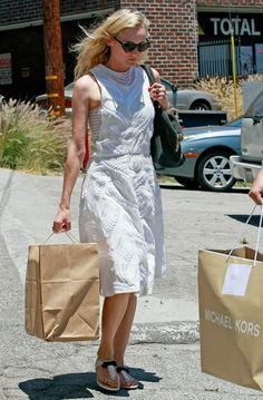 4379dc36936a Diane Kruger shopping in West Hollywood