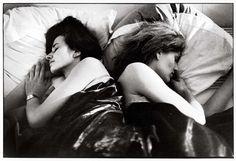 Sophie Calle, Gloria K., first sleeper. Anne B., second sleeper, 1979 Op Art, Critique D'art, Dr Marcus, Georges Seurat, 12 Image, Close Image, Portraits, Short Film, American Art
