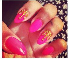 NaomiNailsNYC's Bollywood nails.