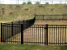 fences | HNH Deck and Fence Company builds aluminum fences.