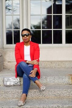 Live in your denim like I do? A bright blazer is my go-to for jazzing up basic denim. See how and shop my top favorite bright blazers. Stylish Work Outfits, Stylish Hats, Business Casual Outfits, Chic Outfits, Summer Outfits, Fashion Outfits, Blazer Outfits, Denim Outfit, Pretty Girl Swag