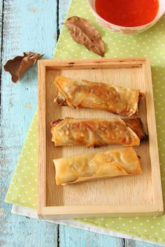 Cherry on a Cake: BAKED THEN FRIED SPRING ROLLS
