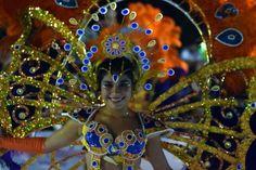 Carnaval, reina, pluma, plumaje, bailarina, comparsa, scola,