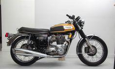 TRIUMPH TRIDENT 750 1975
