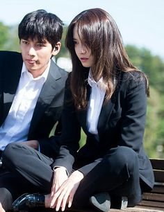 IMYOONAKU The K2 Korean Drama, Korean Drama Movies, Korean Actresses, Korean Actors, Yoona The K2, Yoona Ji Chang Wook, Drama Memes, Kpop Couples, Korean People
