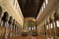 ● Церковь Сан Аполлинаре ин Классе в Равенне. 549 г.: 12 тыс изображений найдено в Яндекс.Картинках