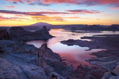 Lake Powell Sunrise | Sunrise over Lake Powell