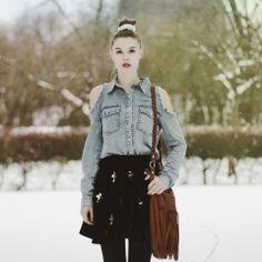 Shop this look on Kaleidoscope (shirt, skirt, purse)  http://kalei.do/Wb5AtSzyRaEoLZMW