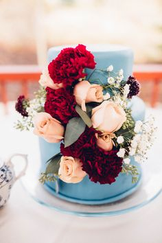 Top 9 Fall Wedding Color Schemes for and dusty blue wedding cake with floral decors Cranberry Wedding, Burgundy Wedding Colors, Fall Wedding Colors, Wedding Color Schemes, Burgundy Color, Wedding Blue, Fall Wedding Cakes, Wedding Ideas, Wedding Inspiration