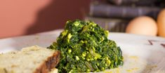 Špenát masálá Seaweed Salad, Beef, Ethnic Recipes, Food, Per Diem, Tooth Caries, Meals, Yemek, Steak