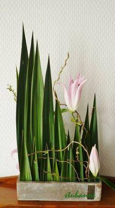 Картинки по запросу montage floral en triangle