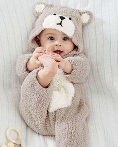 So Cute Baby, Cute Baby Boy Photos, Cute Kids Pics, Cute Little Baby Girl, Cute Baby Videos, Cute Funny Babies, Cute Baby Clothes, Cute Babies Pics, Adorable Babies