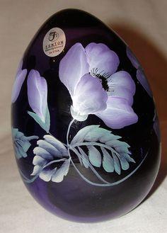 Fenton Off Hand Egg  Hob Heaven Antiques