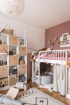 Room from a little girl who loves pink. Can you find the rainbow from Peach & Apricot?