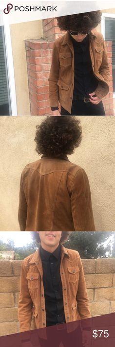 Tan suede vintage leather jacket 🗡 #60s #beatles #70s #rocknroll #mensjacket #50s #vintage 🌶🌶🌶🌶🌶 🌶🌶🌶🌶🌶Measurements: shoulder: 17' length: 27'' arms: 24'' Jackets & Coats